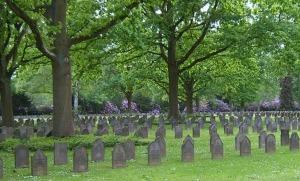 MemorialDay_Graveyard